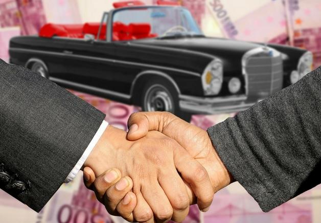 Cómo vender un coche [vehículo] usado