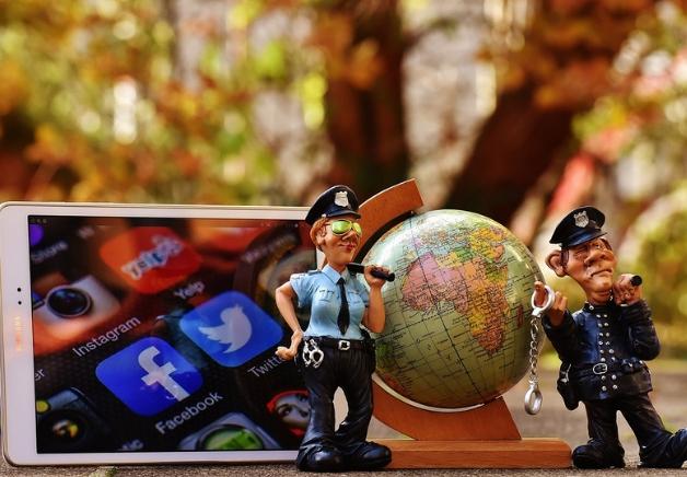 Mejores tuits de la DGT, Policía y Guardia Civil