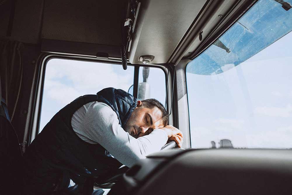 Tiempos de conducción y descanso en el camión