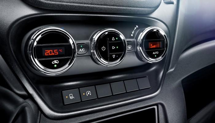 Cómo usar el aire acondicionado del coche
